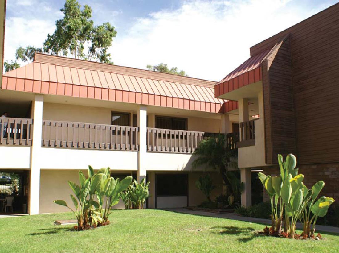 Laguna Hills Business Plaza - 22921-22941 Triton Way, Laguna